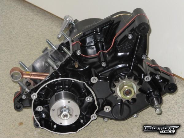 RM125moottorinkasaus032.jpg