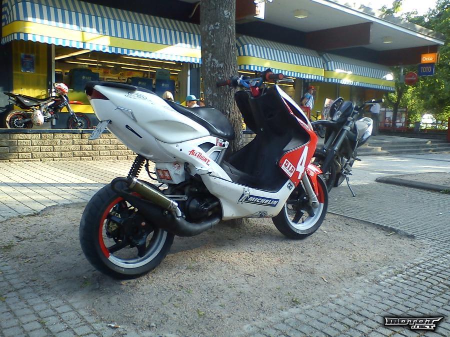 Yamaha aerox tarrasarja