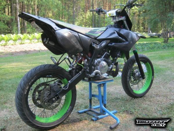 Yamaha dt ilmanputsarin vaihto