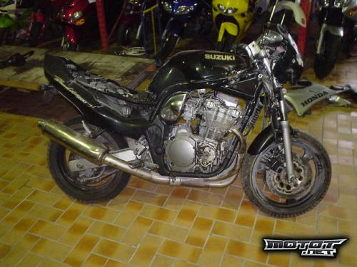 Suzuki GSF 600