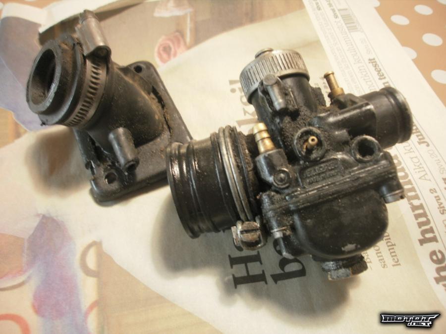 Dellorto PHBG 19mm Racing-kaasutin ja imukaula !