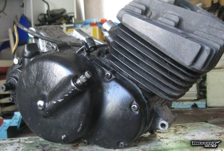 moottoripyörän moottori myydään